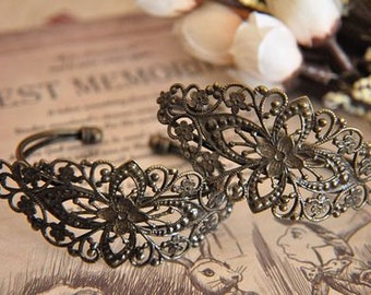 2pcs raw Brass  plating antique bronze    flower Filigree bracelet   pendant finding