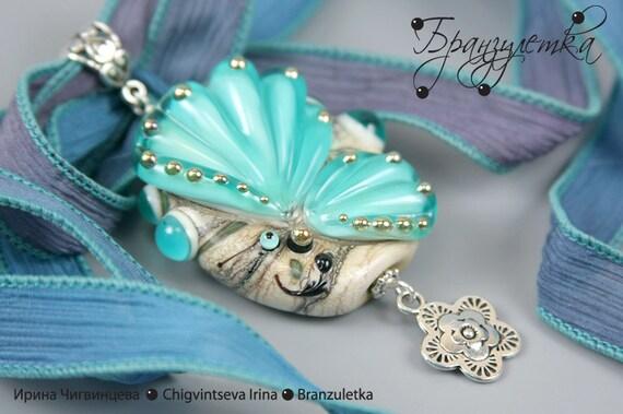 Butterfly Pendant Emerald surf Lampwork bead silk ribbon Best gift