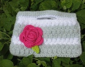 SILVER CROCHET PURSE / with Removable Rose Brooch CLip. Beautiful white/silver/grey bag with rose.
