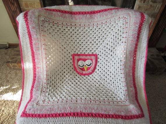 OWL BABY BLANKET. Clearance. Adorable blanket for baby / child in white with shades of pink.