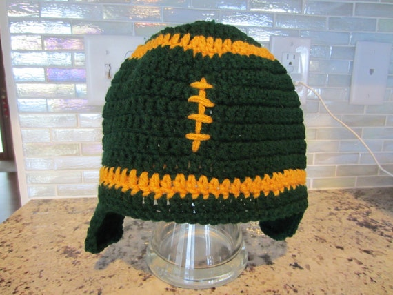 Green Bay Packer EARFLAP HAT.