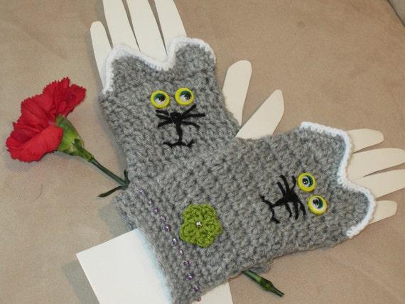 WOMEN's  CAT GLOVES.  Gift for cat lover. Cute fingerless gloves for teen and adult.