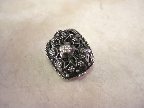 1 Sterling Silver highly refined Javanese Filigree Rectangle Bead 17mm, 925 Antique Finish, Handmade. Nina Designs--15mm length