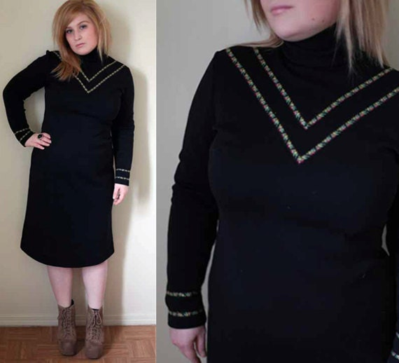 Vintage 70s black turtleneck dress with floral detail size large/xl