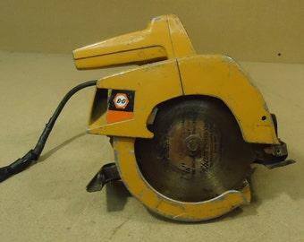 Black & Decker Vintage 7399 Circular Saw 7 1/4in Metal