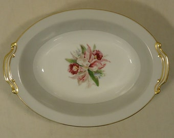 Noritake 5049 Vintage Serving Bowl Oval 10 1/2in x 7 1/2in x 2 1/2in China Gold Rim
