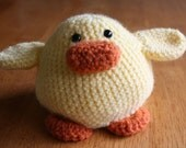Amigurumi Chick in Egg Toy