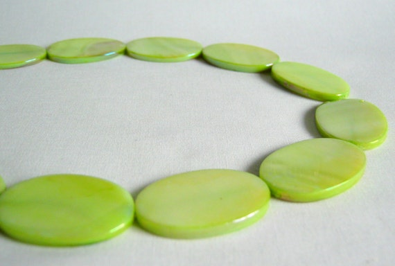 lime green mother of pearl oval beads 30mm (1/2 strand)