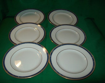 Six (6), Wedgwood,  Bone China,  Bread & Butter Plates, in the Cantata Pattern