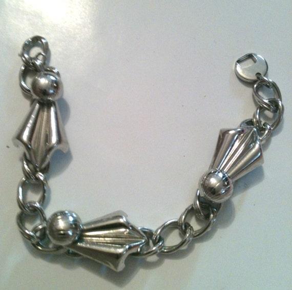 Broken Silver tone Bracelet - 1950s