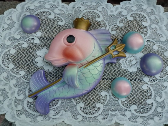 Chalkware, 1970's, Vintage, Chalk Fish and Bubbles, Miller Studios, Cottage Wall Decor, Shabby Decor, Purple Wall Decor, Bath Decor