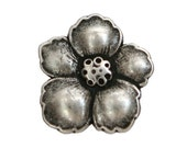 3 Hibiscus 3/4 inch ( 19 mm ) Metal Buttons Silver Color
