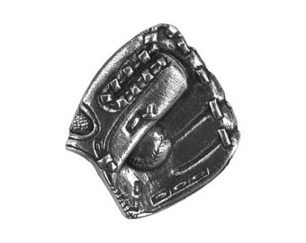 Danforth Baseball Mitt 7/8 inch ( 23 mm ) Pewter Metal Button