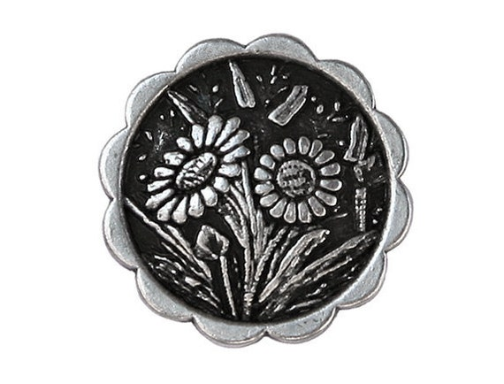3 Daisies 7/8 inch ( 23 mm ) Metal Buttons Antique Silver Color