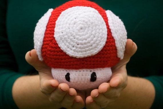 Super Mario Brothers Mushroom Stuffed Toy Amigurumi, Red and White