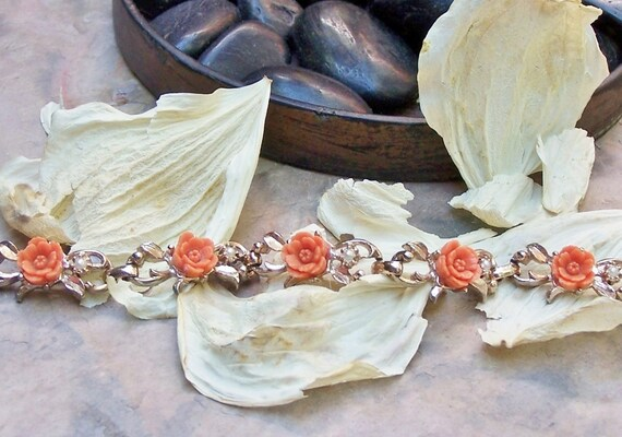 Vintage Mad Men Coral Celluloid Pearl Bracelet,  Romantic Summer Flowers
