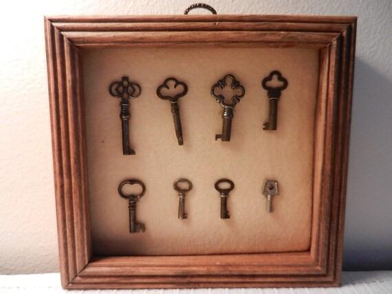 Coleccion de llaves de hierro antiguas puerta viejascuadro - Llaves antiguas de puertas ...