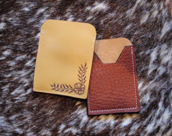 2 Decorated card wallet