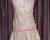 Pink and green floral retro full women's apron with ruffle
