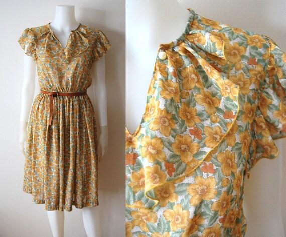 The Meadow Dress - Vintage 70s Ruffle Flower Print Summer Dress