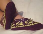 Women Hand Knit  Folkloric Slipper Socks
