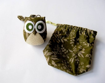 Discounted - Planty - Cute Owl Doll with Bag: plush, owl decor, doll, kid doll, children doll, owl decoration, kawaii, green, white
