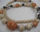 Vintage Necklace retro Avon faux stone beads 23 inch