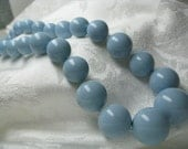 Vintage Blue Necklace retro chunky beads graduated circa 1980s jewelry  rockabilly accessory mint condition
