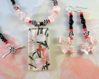 Pinks And Black Flower Necklace, Altered Art Flower Pendant, Shell And Rose Quartz, Spring, Summer, OOAK