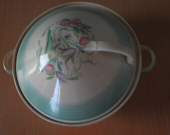 Susie Cooper Dresden Spray Covered Vegetable Dish