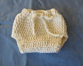 CUSTOM LISTING for lhoeschen --- Newborn baby diaper cover in cream