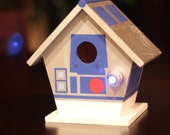 Hand Painted R2-D2 Birdhouse