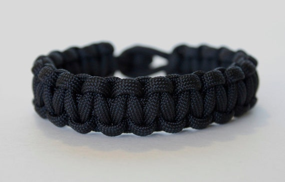 Black, Cobra Weave, ParaCord Bracelet , Knot Style Closure (K-02)