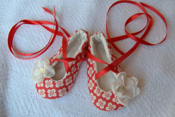 "Reserved for ""llodge""... retro red baby shoes with matching headband"