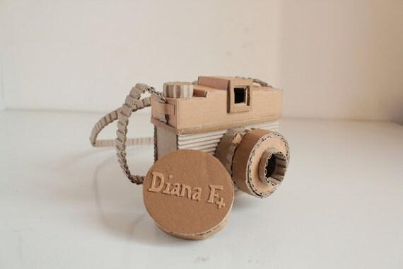 Cardboard Diana F(plus)