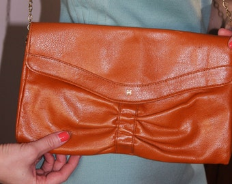 Vintage Tan Leather Handbag with Chain Shoulder Strap