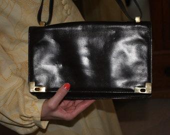 Circa 1960s / 1970s Vintage Brown Leather Handbag with Leather Shoulder Strap