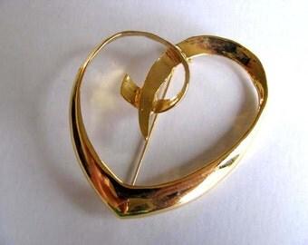 Vintage  Heart Brooch - AAI Signed Heart Brooch