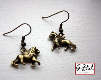 Lion earrings, bronze, animal, wildlife, Africa, jewellery, African, safari, jewelry, 3D, 3 d, double sided