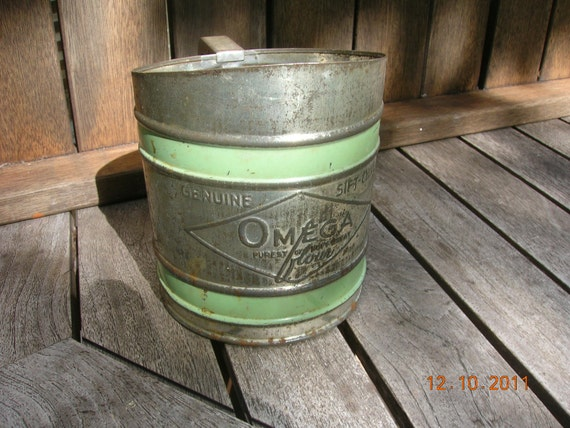 Vintage Flour Sifter Green stripes Siftchine Omega