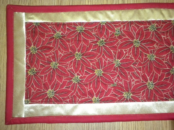 Poinsetia Flowered Holiday table runner