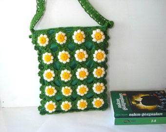 Grass Green summer bag, Crochet Daisy Flower back to school Messenger Bag,  Afghan Crochet Handbag - Shoulder Bag, messenger bag with zip