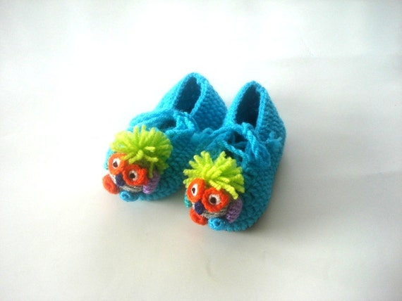 baby shoes, Baby Booties, blue turquoise ,  newborn crochet clown baby booties 0 12 month baby, crochet baby shoes, baby socks