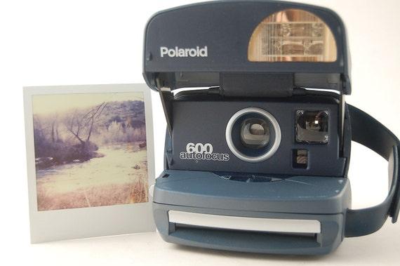 TESTED Blue Polaroid Autofocus 600 Instant Film Camera for Impossible Film