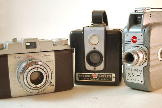 Kodak Instant Camera Collection//Pony, Brownie, Reliant//DISPLAY