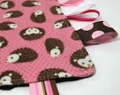 Sensory Blanket / Ribbon Blanket / Tag Blanket / Hedgehogs / Pink / Brown / Girl