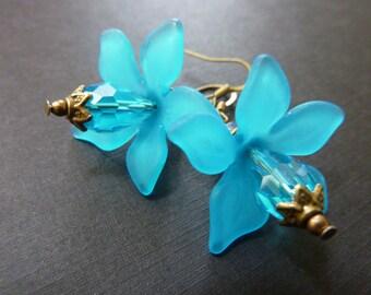 Flower earrings aqua blue acrylic flower crystal drop earrings