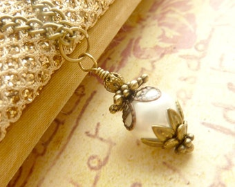 Ivory white pearl necklace bridesmaids necklace vintage pendant brass filigree