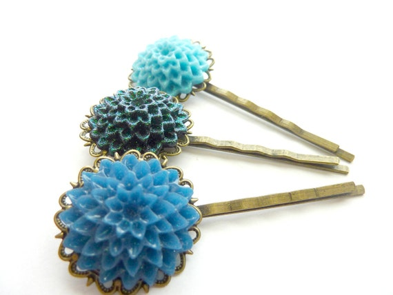 Vintage bobby hair pins iridescent deep green blue, teal and turquoise blue chrysanthemums flowers on antique filigree