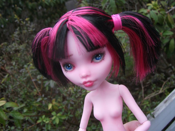 "RESERVE LISTING for mintpop86 - Monster High OOAK Doll ""Genevieve"""